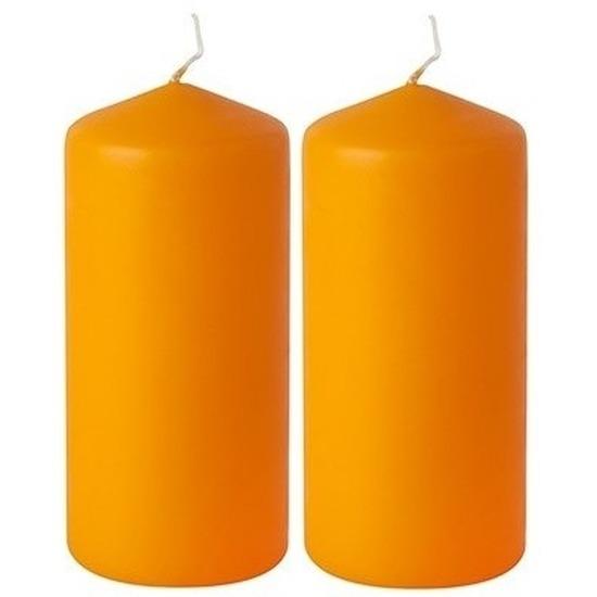 2x Stompkaarsen oranje 15 cm