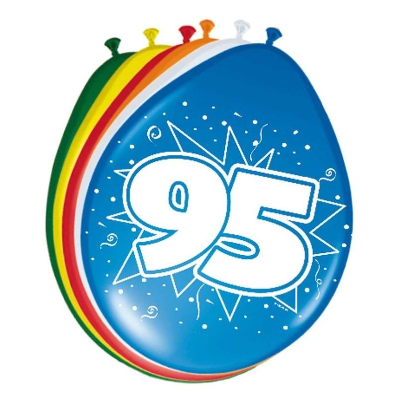 8x stuks Feestartikelen Ballonnen 95 jaar